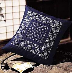 Sashiko Pillow Kit # 031- Hanabashi - Navy