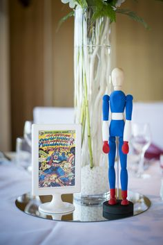 Superhero Wedding Photography - Reception - Captain america - Centerpiece