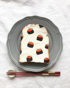 Salmon roe sushi toast art by Eiko Mori (@estyle1010)