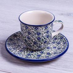 SET TAZA CITY MOKA CON PLATO WHISPERING Handmade with love. Este producto ha sido elaborado y pintado a mano por expertas artesanas. Doble cocción a 1300ºC única en el mundo, brillo y dureza extraordinarios en el uso diario. #taza #handmade #deco #hogar#cocina #tazas #café #coffee #pottery #artesanal #ceramica