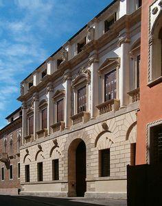 Andrea Palladio (nato Andrea di Pietro della Gondola) (Italiano, 1508 Padova – 1580 Maser)   Palazzo Iseppo da Porto   21 Contrà Porti 36100 Vicenza, Italy   1544-1552 (Never fully completed)
