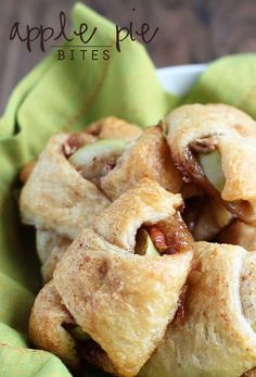 Apple Pie Bites - A delicious, quick & easy mini apple pie made with Pillsbury crescent rolls in less than 30 minutes! (Apple Recipes With Crescent Rolls) Apple Desserts, Mini Desserts, Apple Recipes, Fall Recipes, Delicious Desserts, Dessert Recipes, Sweet Desserts, Picnic Recipes, Appetizer Recipes