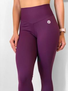 100 Squats, Bra Size Charts, Purple Leggings, Comfortable Flats, Sports Bra Sizing, Sangria, Booty, Clothes For Women, Sexy