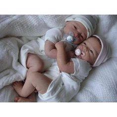 bebe reborn barato - Pesquisa Google