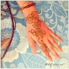 A cute Henna design