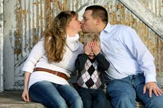 Rustic Family Photo Shoot at the Railyard