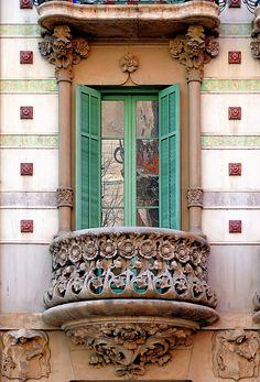 Barcelona - Girona 113 c 1 | Casa Lamadrid. Arch. Lluís Domènech i Montaner, Barcelona