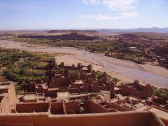 Artigo sobre a história do famoso ksar de Ait Benhaddou, em Marrocos