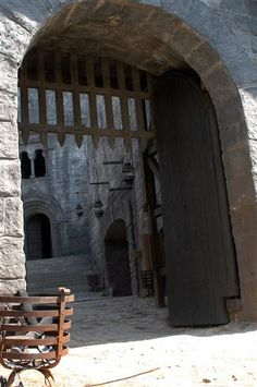 Robin Hood Production Image (probably the gate in which Lord Owen of Clun died, during the second part of Robin of Sherwood - Herne's Son (part II))