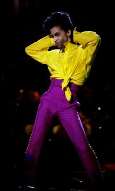 This yellow and purple outfit