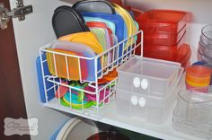 5 steps to an organised kitchen cupboard – including the tupperware cupboard!