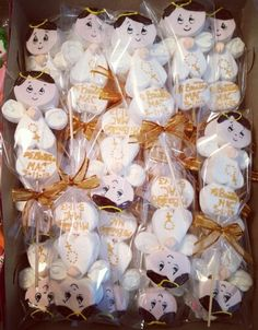 Angelitos para bautizo First Communion Party, Baptism Party, 16th Birthday, Birthday Parties, Marshmallow Treats, Cookie Pops, Girl Christening, Baby Shower Cookies, Ideas Para Fiestas