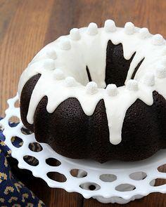 Coca-Cola Bundt Cake - http://www.sweetpaulmag.com/food/coca-cola-bundt-cake #sweetpaul