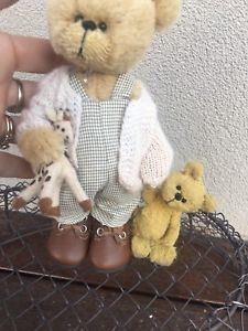 Baxter And bobby By Shaz bears Mohair One Of A Kind Australian Artists, Bobby, Hand Sewing, Bears, Teddy Bear, Animals, Sewing By Hand, Animales, Animaux