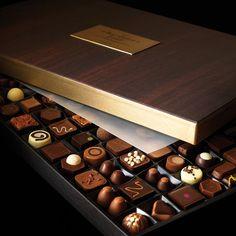 Large Chocolatier's Table Luxury Chocolate Box - Hotel Chocolat