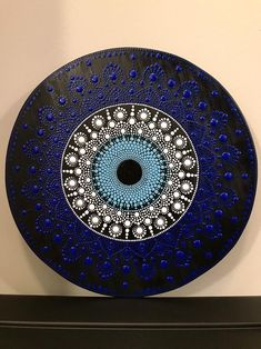 Circle Painting, Eye Painting, Dot Art Painting, Mandala Art Lesson, Mandala Artwork, Mandala Painting, Evil Eye Art, Art Français, Talisman