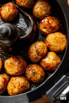Sweet Chilli Chicken Meatballs - easy, delicious, sticky glazed chicken meatballs in a simple sweet chilli sauce. Perfectly cooked in the oven or Actifry!! Slimming World and Weight Watchers friendly
