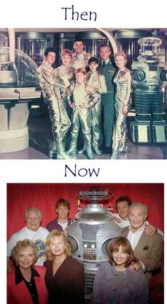 lost+in+space+then+and+now. Every Wednesday evening it was Lost in Space! Space Tv Series, Space Tv Shows, Photo Vintage, Vintage Tv, Sissi Film, Mejores Series Tv, Vintage Television, Sci Fi Tv, Old Shows