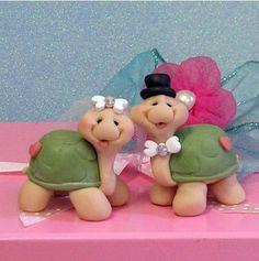 Hugging Turtle Wedding Cake Topper   Turtle, Wedding cake and Happy year
