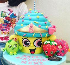 Shopkins Birthday Cake, Shopkins Cake, Big Cupcake, Cupcake Cakes, Pastel Shopkins, Brithday Cake, Daisy, Ballerina Cakes, Summer Camps For Kids