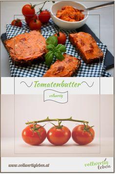 Die Tomatenbutter ist ein schnell gemachter Aufstrich, der mehrere Tage hält und einfach super schmeckt. So peppt man Butter ganz einfach und mit wenigen Zutaten auf. #vegetarisch #vollwertkost #vollwert #vitalstoffreich #vitalstoffreichevollwertkost #tomatenbutter #tomaten #aufstrich #aufstrichselbermachen #gesundkochen #rezept #rezepte #diy Pesto, Baked Potato, Potatoes, Lunch, Teller, Baking, Dressings, Ethnic Recipes, Sweet