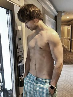 alexander rybak shirtless & sexy