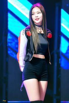 Resultado de imagen para jennie kim body
