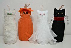 Spooky felt kitty ornaments