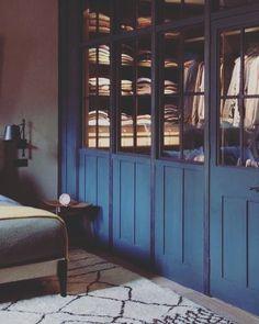 Deep Blue walk-in wardrobe - Plain English Design I just love the colour honestly Dressing Room Closet, Closet Bedroom, Home Bedroom, Dressing Rooms, Master Closet, Bedrooms, Master Bedroom, Walk In Wardrobe, Walk In Closet