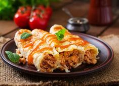 Przepisy kulinarne i gotowanie - Beszamel.se.pl Slimming World Beef, Mince Recipes, Pastry Shells, Pasta, Grated Cheese, 200 Calories, Cannoli, Lasagna, Onions