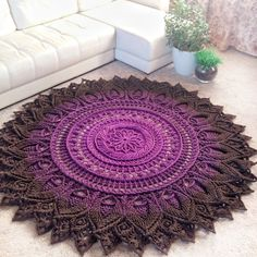 Giant Round Knitted Carpet Crochet Rug Purple Rug – Newest Rug Collections Crochet Doily Rug, Crochet Rug Patterns, Crochet Carpet, Crochet Mandala Pattern, Doily Patterns, Crochet Home, Knit Crochet, Knitting Patterns, Tapete Doily