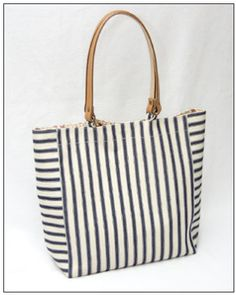 tote bag pattern. this opens a pdf