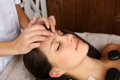 Conheça os benefícios da terapia holística: http://www.eusemfronteiras.com.br/caridade-a-grande-licao-de-amor/ #eusemfronteiras #terapiaholística #equilíbrio #energia