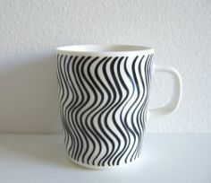 Marimekko Silkkikuikka mug by Maija Isola and Kristina Isola #followitfindit @eBay