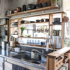 女性で、Otherのセルフリノベーション/DIY/Rustic/改造キッチン/DIY-tile/モザイクタイル…などについてのインテリア実例を紹介。「最近フル活用してますε⁃(˃᷄ε ˂᷅ ๑))」(この写真は 2016-11-25 20:47:29 に共有されました)