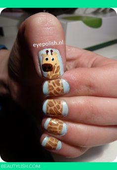 Resultados de la Búsqueda de imágenes de Google de http://dy6g3i6a1660s.cloudfront.net/kAOAConf4rpNSj-X5aB0nQpODao/tlw-35/giraffe-nail-art.jpg