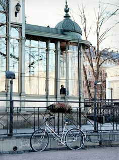 Visited in 2005 - Restaurant Kappeli on Esplanade, Helsinki, Finland Beautiful World, Beautiful Places, Amazing Places, Places To Travel, Places To See, Visit Helsinki, Finland Travel, Cities, Alaska