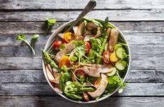 La Salade de porc à la moutarde, une autre façon de savourer le porc du Québec. Spinach, Vegetables, Food, Honey, White Balsamic Vinegar, Cherry Tomatoes, Mustard, Salads, Recipe
