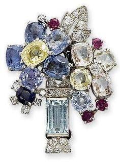 1940s Cartier brooch #Luxury Assorted #luxury #jewels  #diamonds #gemstones    Bella Donna