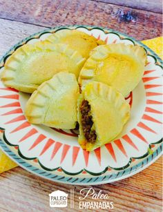 Paleo Empanada Recipe: A spicy bit of heaven just got better with Almond flour. Primal Recipes, Beef Recipes, Whole Food Recipes, Cooking Recipes, Healthy Recipes, Paleo On The Go, How To Eat Paleo, Tostadas, Tamales