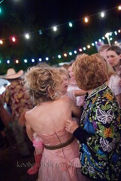 JuNK GyPSY junk-o-rama prom...Would love to go to one of these!!!!