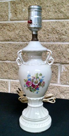 Vintage Ceramic / China Table Lamp With Floral Design Ivory With Gold Trim    Electric Lighting
