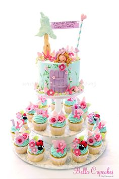 Beautiful fairy cake and cupcakes Baby Cakes, Girly Cakes, Cute Cakes, Cupcake Cakes, Pink Cakes, Cupcake Ideas, Fairy Birthday Cake, Beautiful Birthday Cakes, Birthday Cake Girls