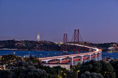 ponte 25 de Abril - null
