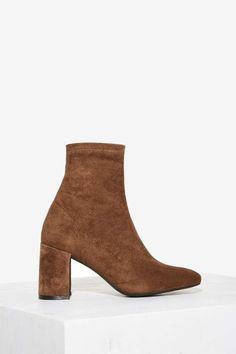 Jeffrey Campbell Cienega Ankle Boot - Taupe | Shop Shoes at Nasty Gal!
