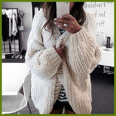 ISO chunky knit cardigan ISO Not for sale. Looks Street Style, Looks Style, Mode Outfits, Fall Outfits, I Love Mr Mittens, Mode Inspiration, Cozy Sweaters, Oversized Sweaters, Oversized Jeans