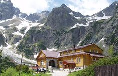 Self-guided Trekking Tour in High Tatra Mountains, Hut to Hut Itinerary High Tatras, Tatra Mountains, Walking Holiday, Green Lake, Travel Deals, Tour Guide, Trekking, Adventure Travel, Places To Travel