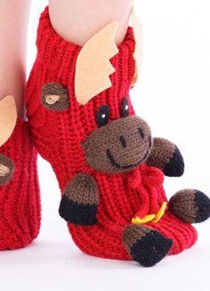 Crochet Mittens, Crochet Shoes, Crochet Art, Knitting Socks, Crochet Ripple, Spring Boots, Sock Animals, Funny Socks, Happy Socks