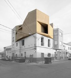 Grupo Aranea Architects built a new penthouse suite for a young musician in Cehegin Neighborhood in Murcia, Spain