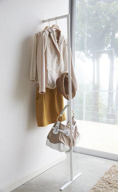 Hanger Rack 0.1 - Yamazaki @abodeebenelux #minimal #clotheshanger #kapstok
